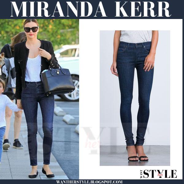 Miranda Kerr in dark blue skinny jeans what she wore models off duty