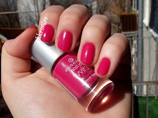 Essence  Nail Art Twins Colour Base nr 03 - Carrie