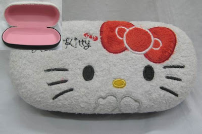 Hello Kitty cute face glasses case