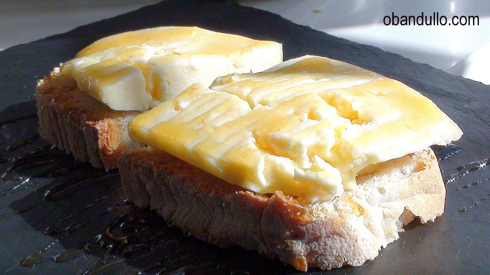 tapas con queso de arzua