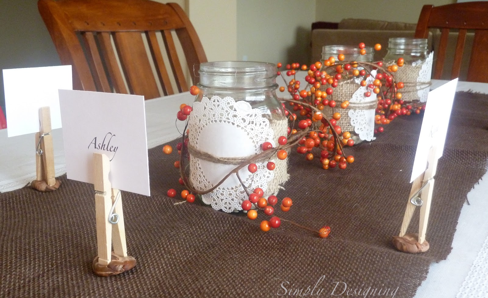 Thanksgiving table decor plus video for Inexpensive thanksgiving table decorations