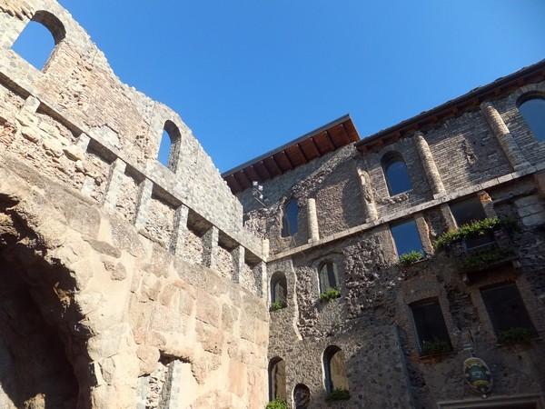 Aoste Aosta Italie vestiges romains porte prétorienne pretoriane