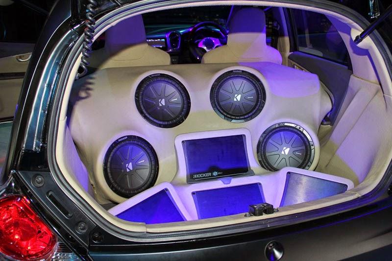 modifikasi audio mobil honda brio