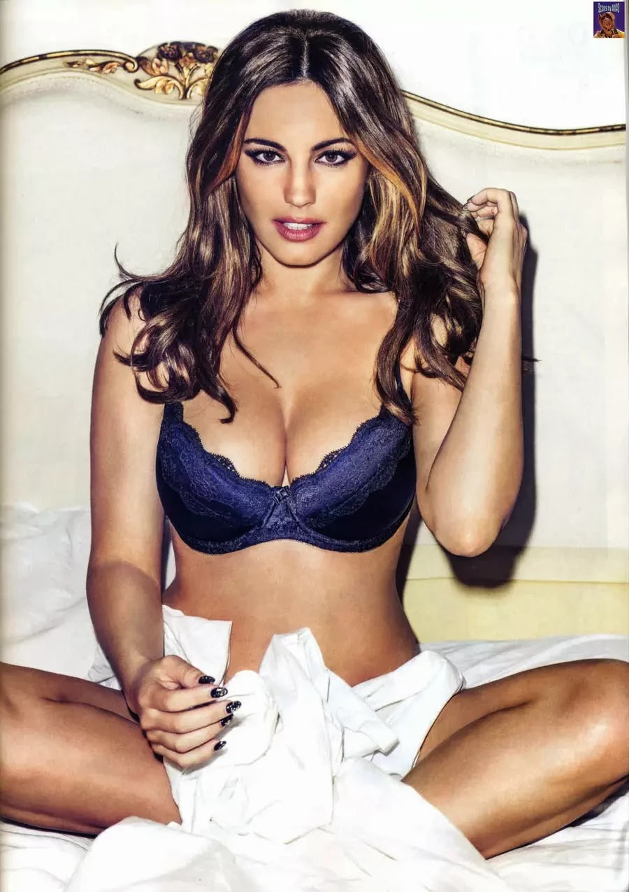 Kelly Brook photo 001