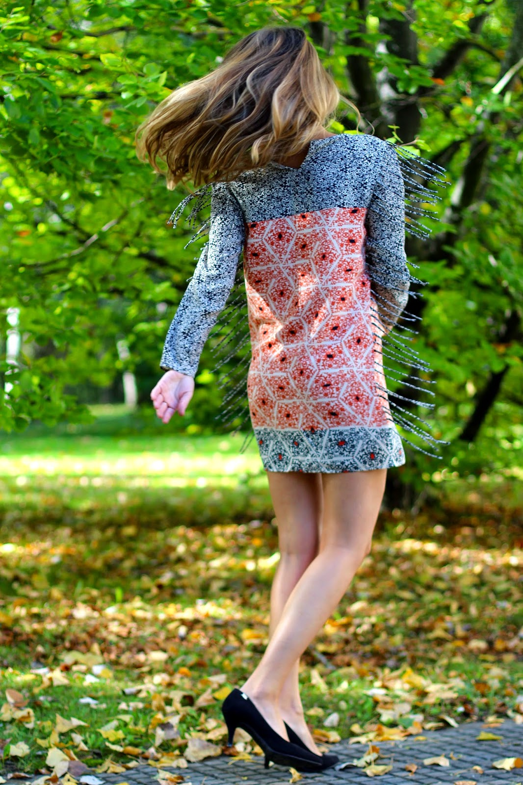 vestido zara flecos