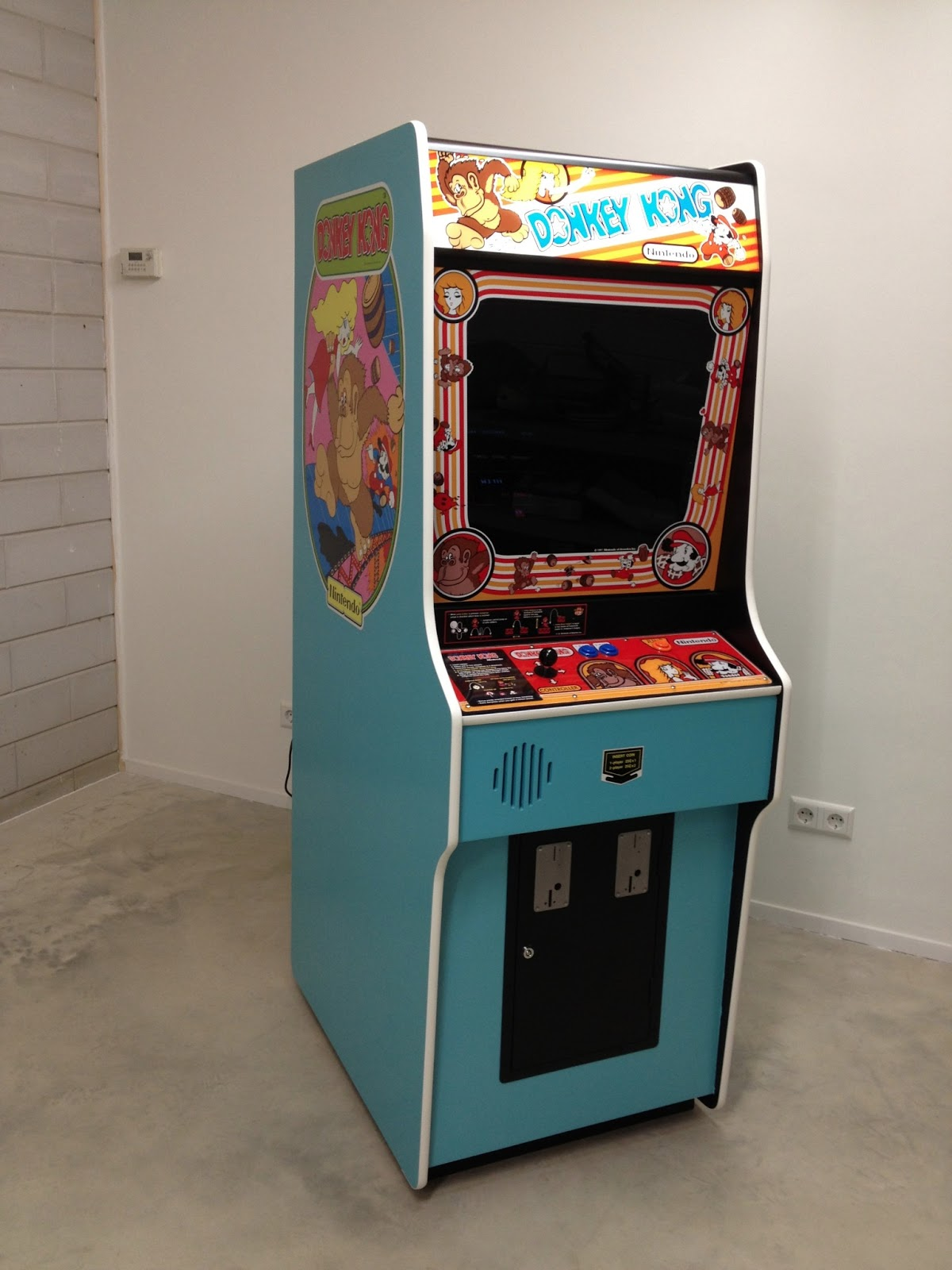 building a donkey kong arcade cabinet. Black Bedroom Furniture Sets. Home Design Ideas