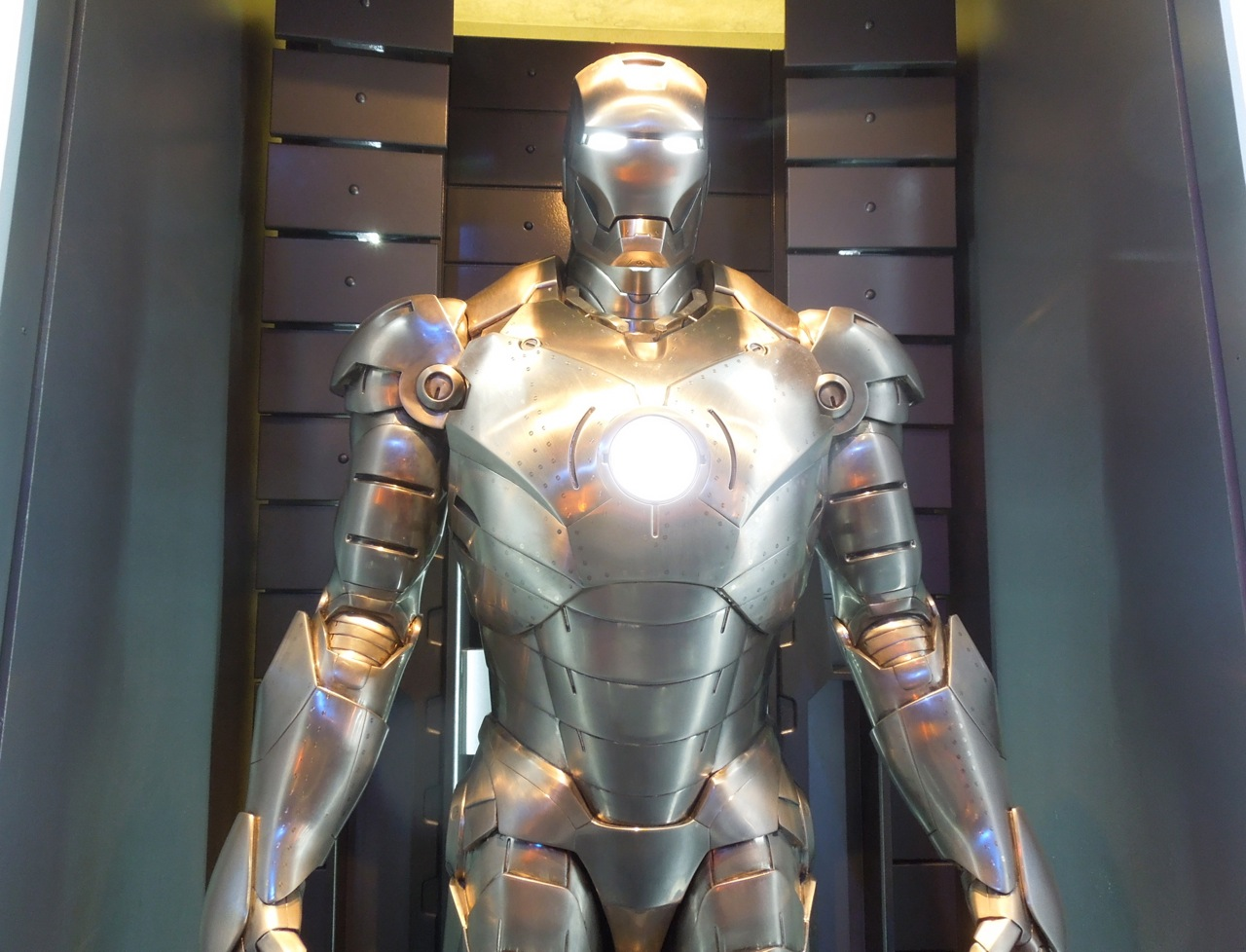 Hollywood Movie Costumes And Props Iron Man 3 Mark Ii