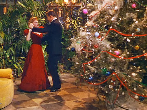 christmas time is here and mike and sean deck the halls with judy garland and margaret obrien in vincente minnellis meet me in st louis and then take a - Christmas Tale