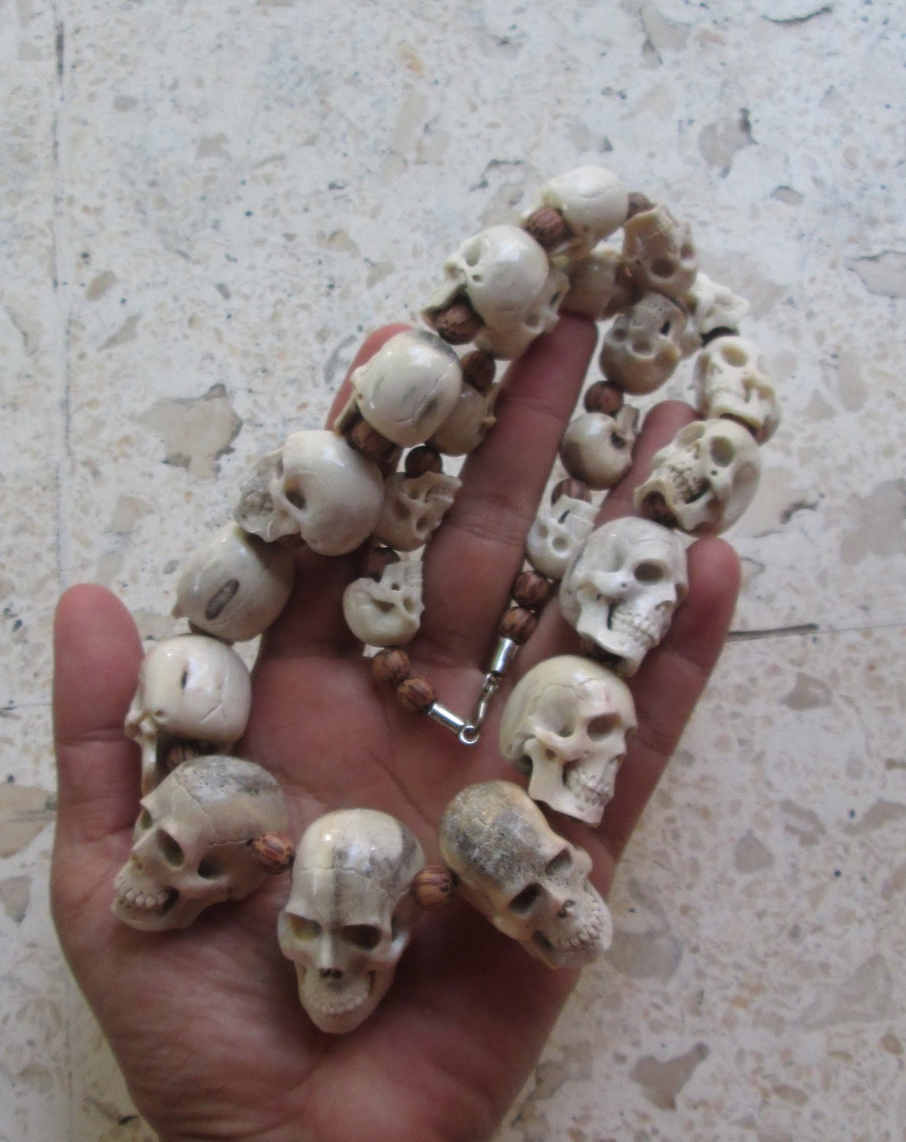 Skull Necklace Carving in Antler