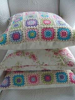 almofada em crochê - com gráfico de blocos