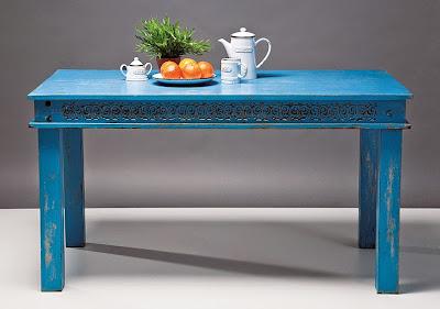 http://www.portobellostreet.es/mueble/20545/Mesa-de-Comedor-azul-Vintage-Carla