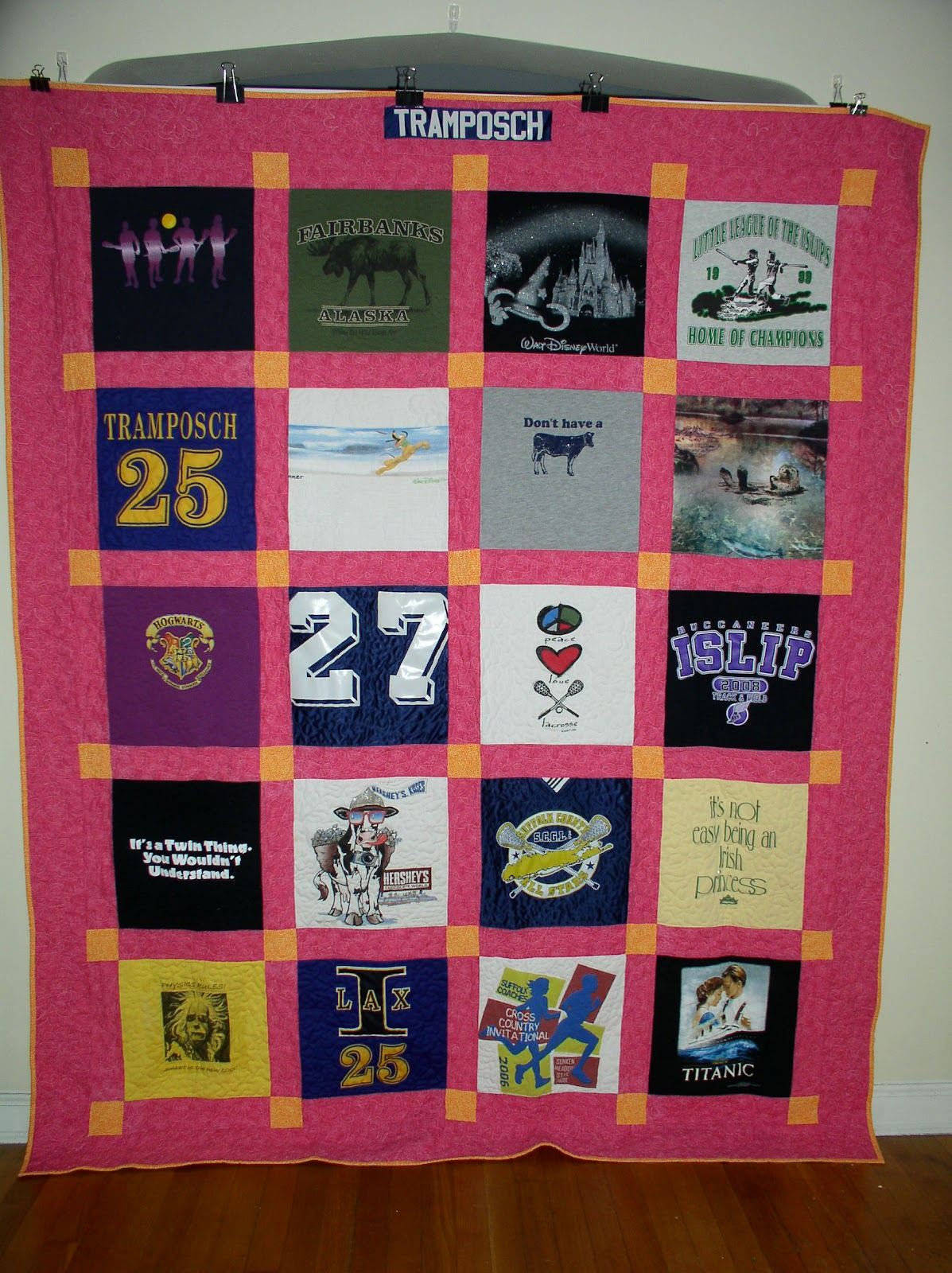 T Shirt Quilt Pattern Queen : Dinah s Quilts and Embroidery: Double / Queen Size Quilts
