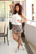 Seerat Kapoor New glam stills-thumbnail-2