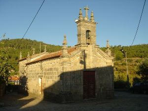 Igreja Paroquial de Carrazedo