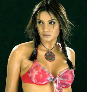 Diana Hayden Height, Weight and Age
