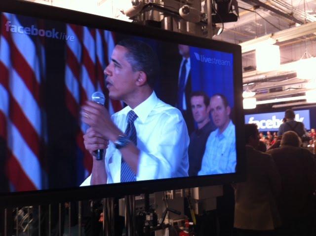obama [UPDATE] Foto   Foto Kunjungan Barrack Obama Ke Kantor Pusat Facebook
