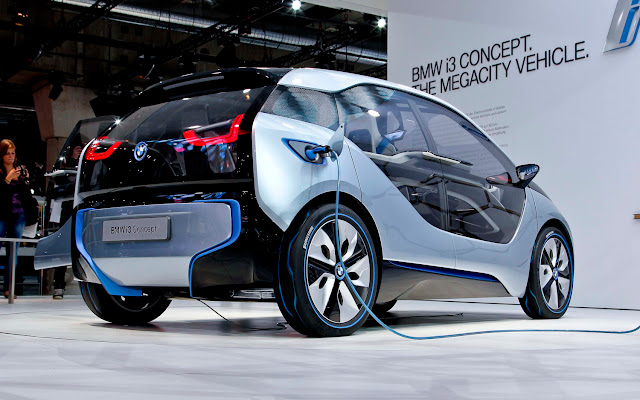 BMW i3 With New Lithium-Ion Battery Pack