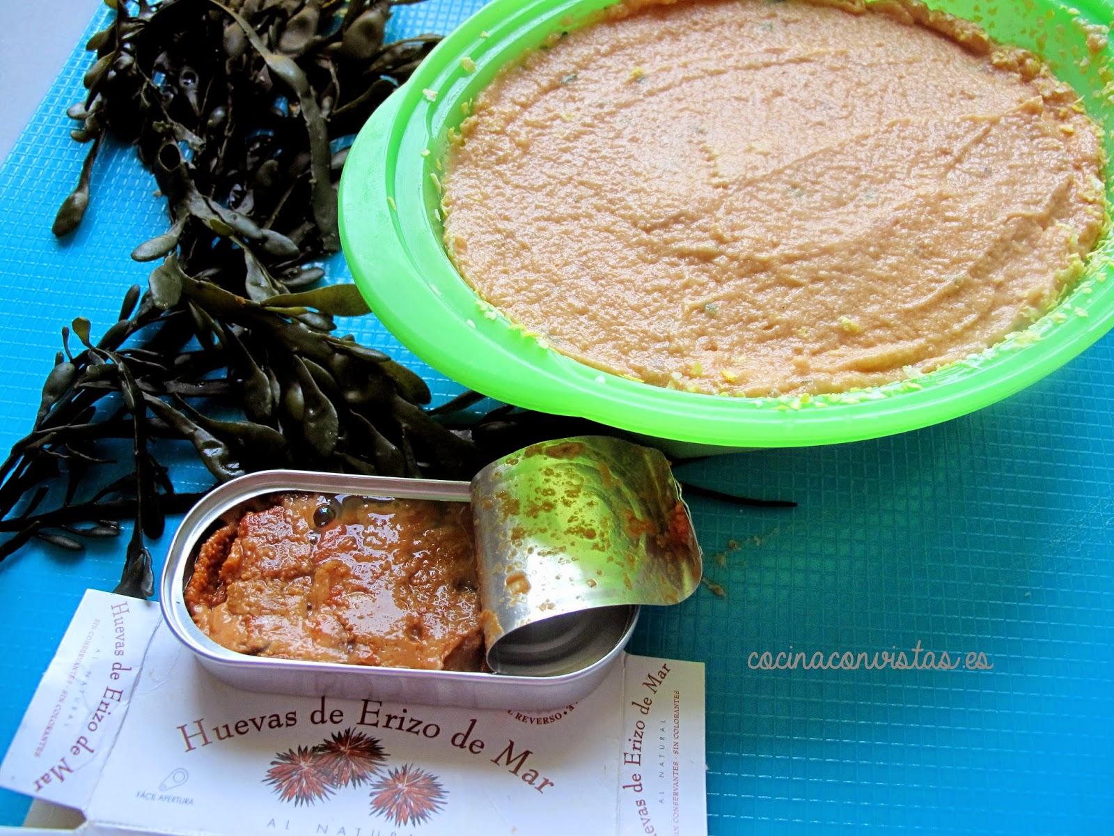 Pastel de Salmonetes(en microondas) con salsa de Erizos de Mar