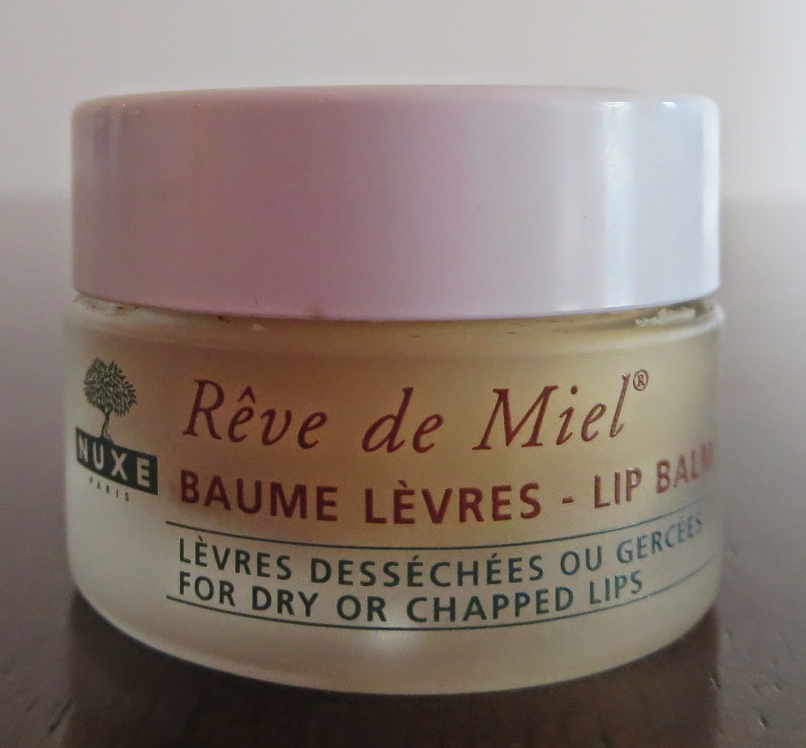 a picture of Nuxe Reve de Miel lip balm