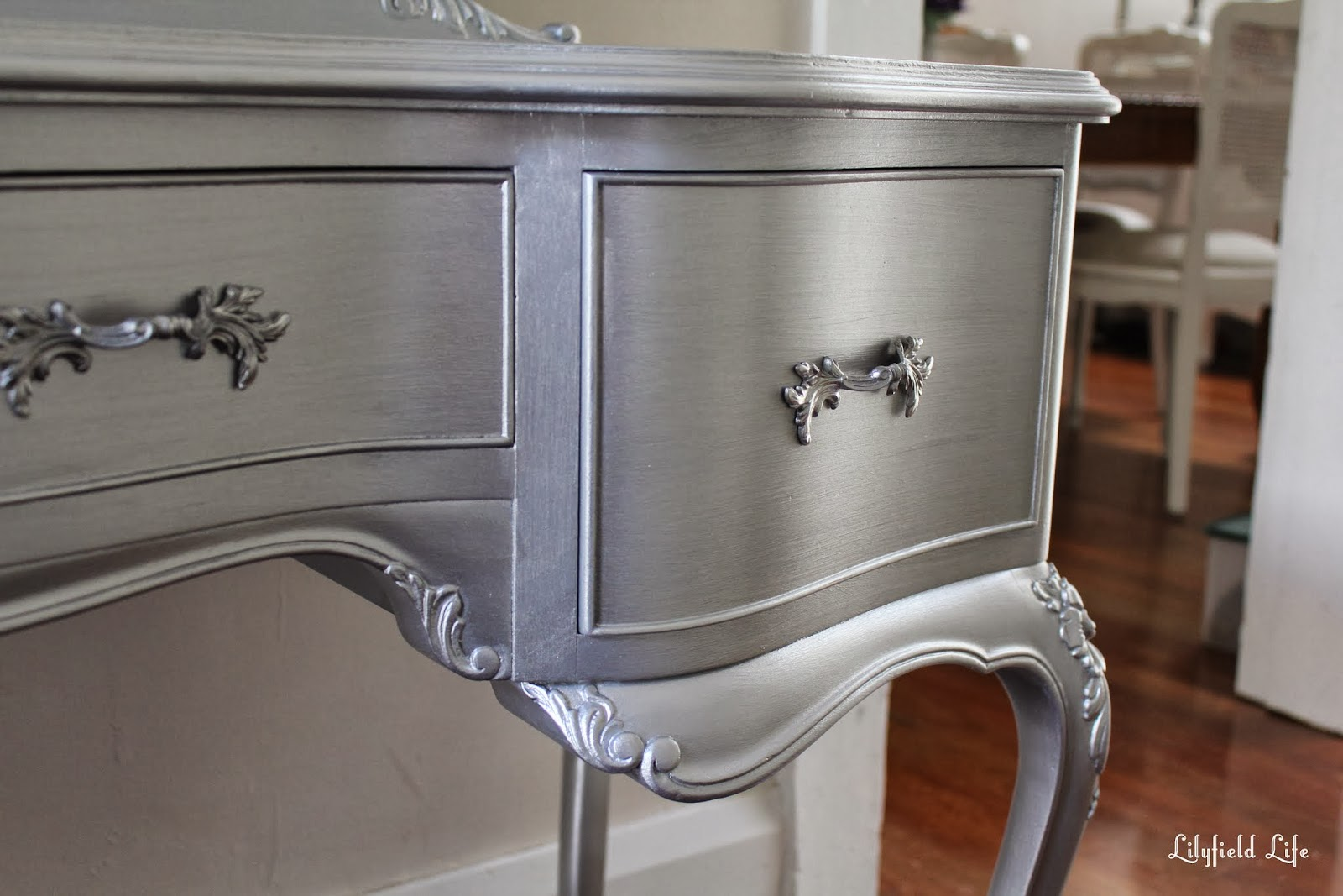 Lilyfield life tips on using metallic paint and a silver for How to make silver paint