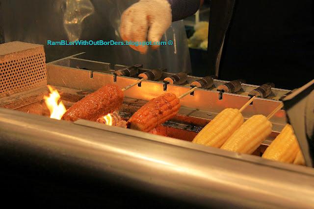 flame-grilled corncob, Shilin Night Market, Taipei, Taiwan