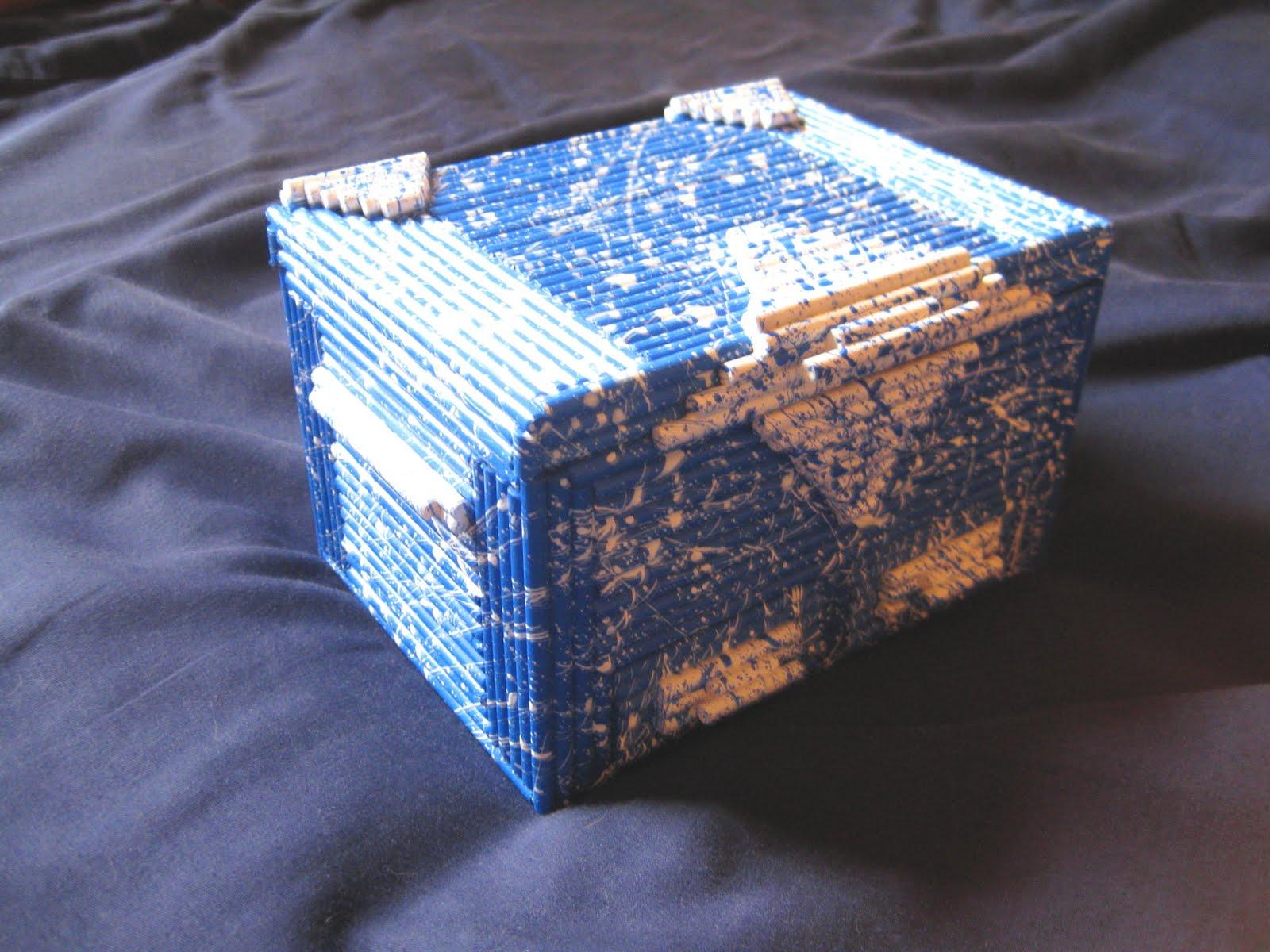 http://1.bp.blogspot.com/-O0YRcozFlb8/Tc_GHyH8GxI/AAAAAAAAAHo/3dbe8grr4LE/s1600/Hobby%2Bcraft%2Bjewelry%2Bbox%2Bfront.jpg