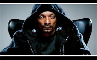 O rapper norte-americano Snoop Dogg foi brevemente detido pela polícia sueca por suspeita de ter consumido drogas, informou a assessoria de imprensa da polícia neste domingo, dia 26.