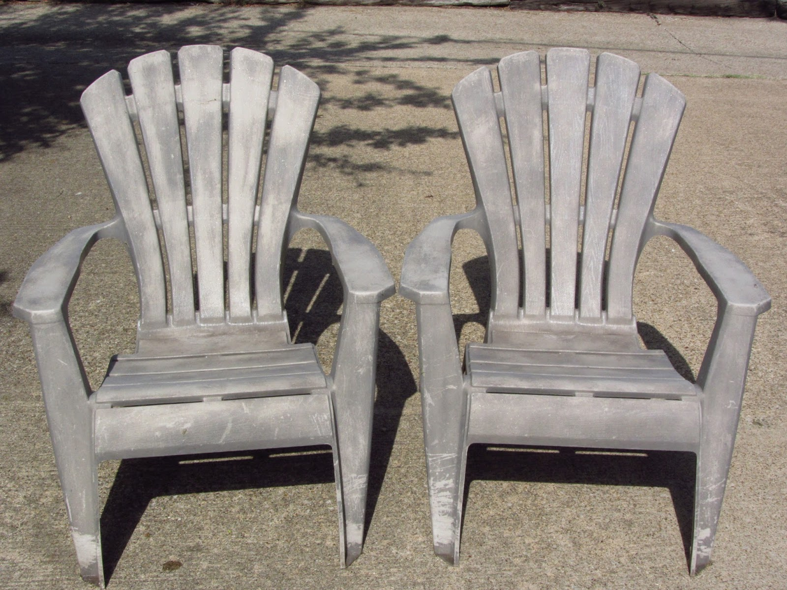 So Wonderfully plex Painting Plastic Outdoor Chairs
