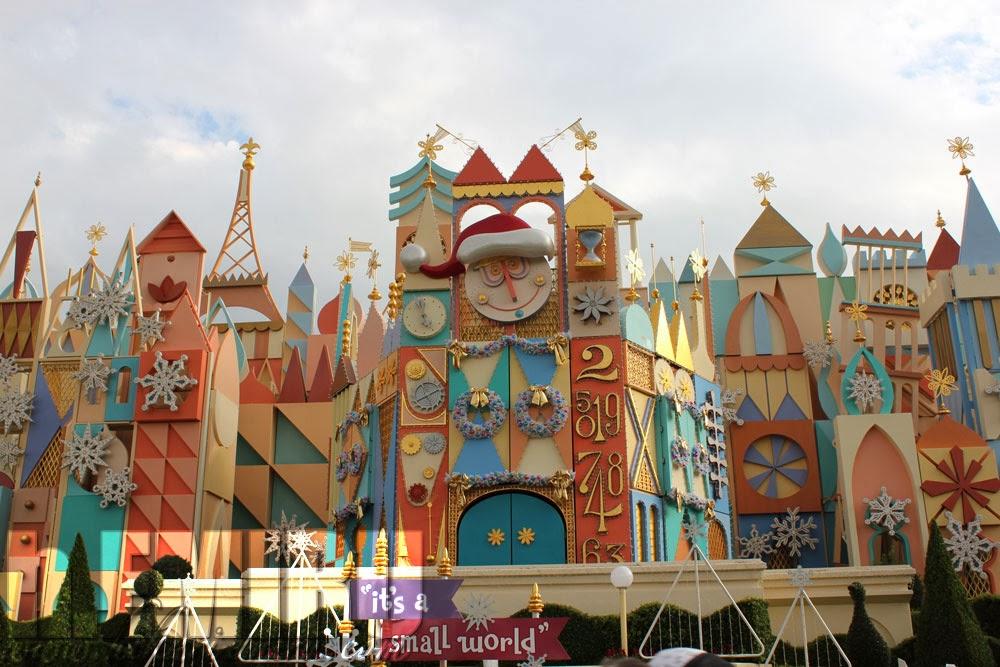 tokyo disneyland christmas decorations part two critter country adventureland more - Disneyland Christmas Decorations