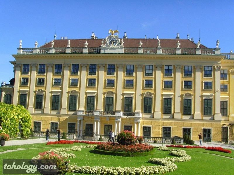 Шёнбрунн (Schönbrunn)