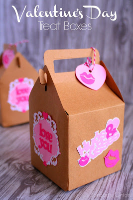 Valentine's Day treat boxes - perfect for presenting a little something to your Valentine | jordansonion.com #cricutexplore