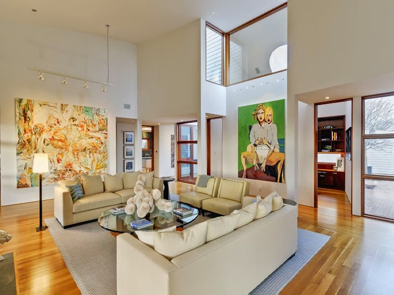 Here, The Large Scale Of The Artwork Automatically Brings The Height Of The  Room Down And Works In Scale With The Tall Ceilings.