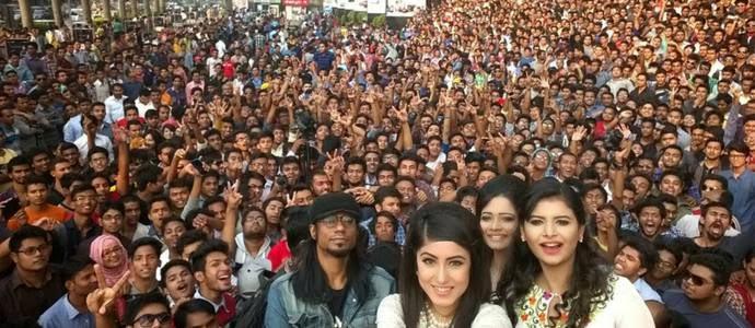 Microsoft-Bangladesh-Rekor-Selfie