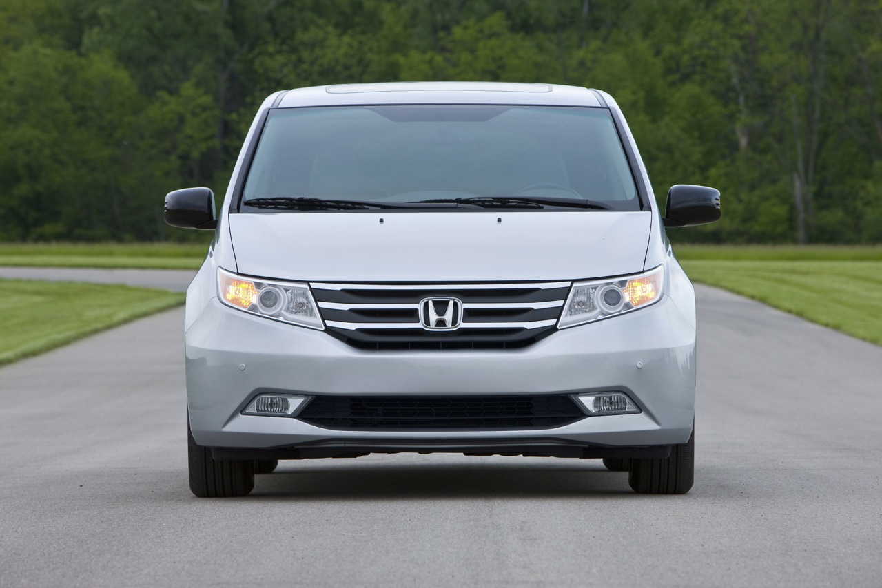 Car Model 2011 Honda Odyssey
