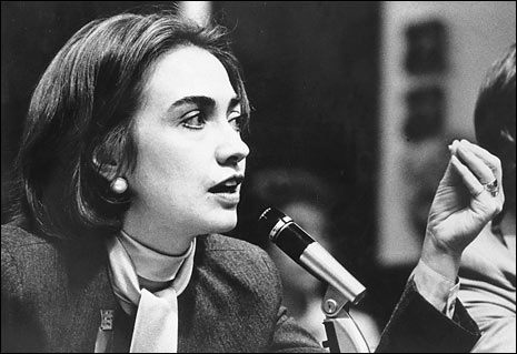 an analysis of the women equality speech of hilary clinton in beijing china in 1995 Flying across the pacific on an air force jet bound for beijing, first lady hillary clinton huddled deep into the night with a few aides and advisers, honing her speech for the un's fourth world conference on women.