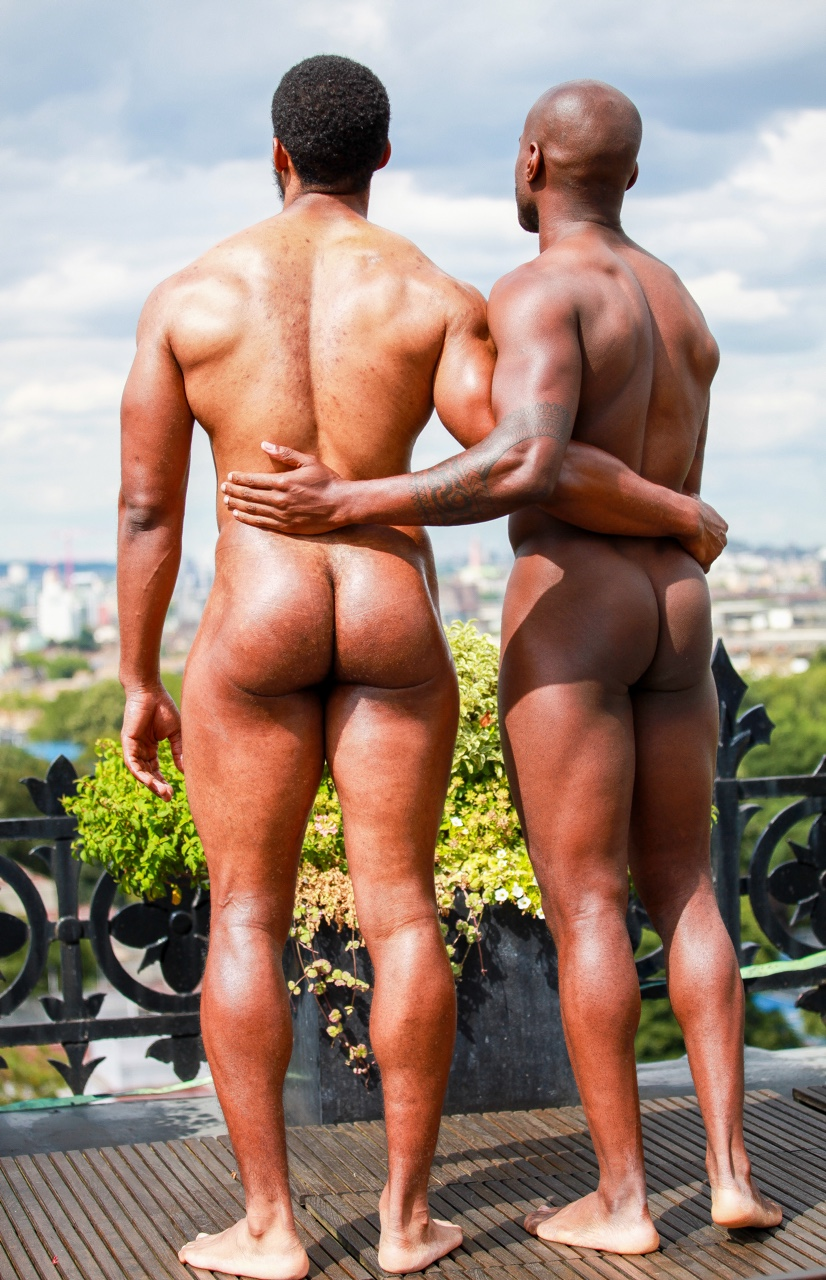 Gay and Nude Love