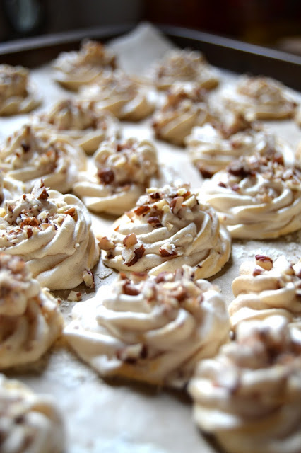maple pecan meringue kisses