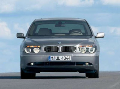 BMW-760i-Front-View