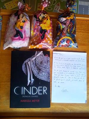 Cinder (Marisa Meyer)