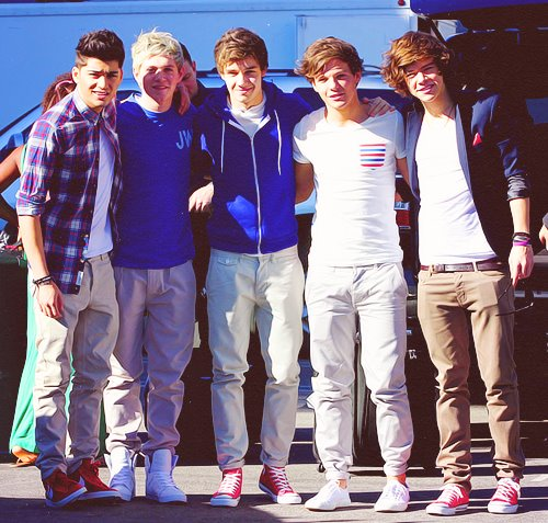Zayn,Niall,Liam,Louis,Harry