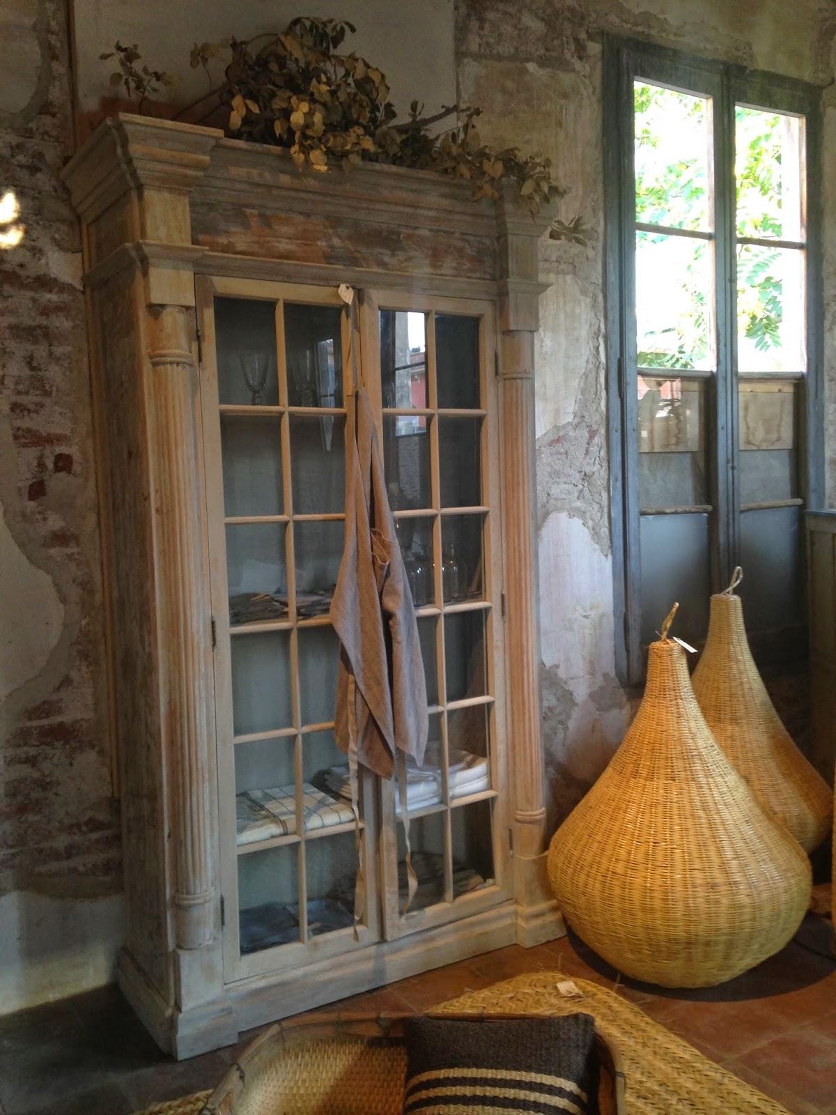 MEC, tienda de muebles y complementos de decoración en Palamós