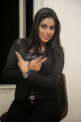 Actress Poorna latest photos-thumbnail-7