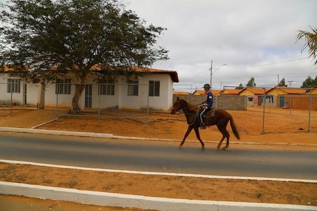 Cópia-de-cavalo-e-posto.jpg (620×413)
