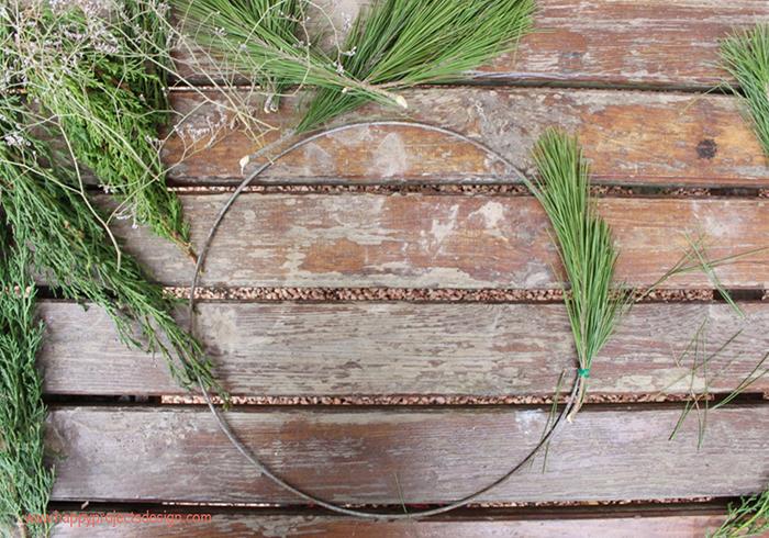 Corona de pino XL