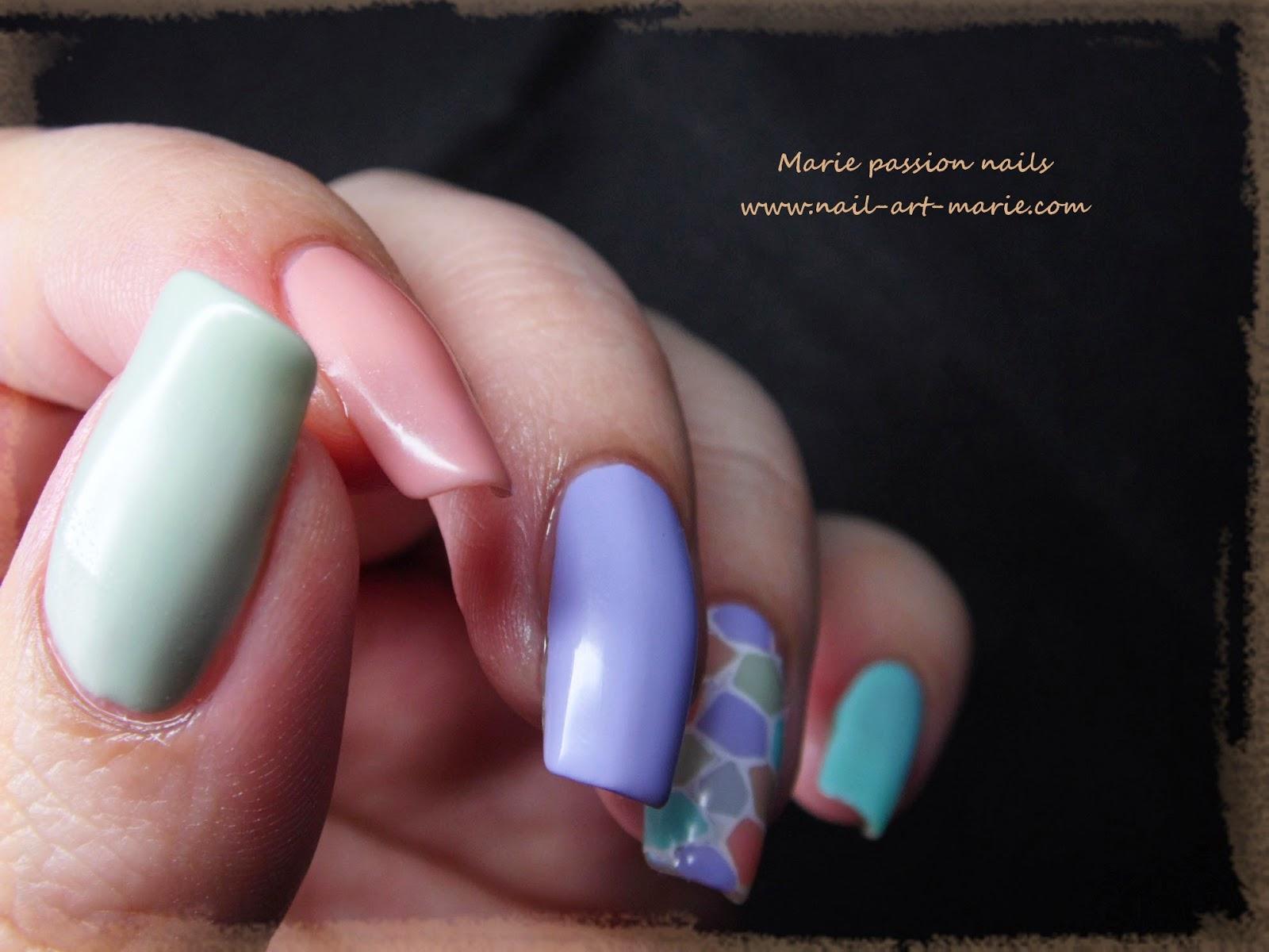 nail art mosaïque pastel2