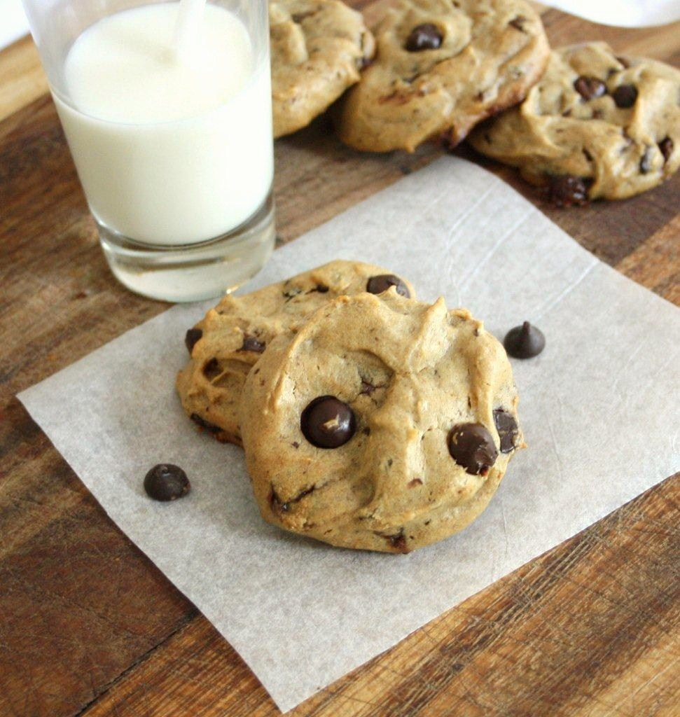 Flourless Peanut Butter and Banana Chocolate Chip Cookies ...
