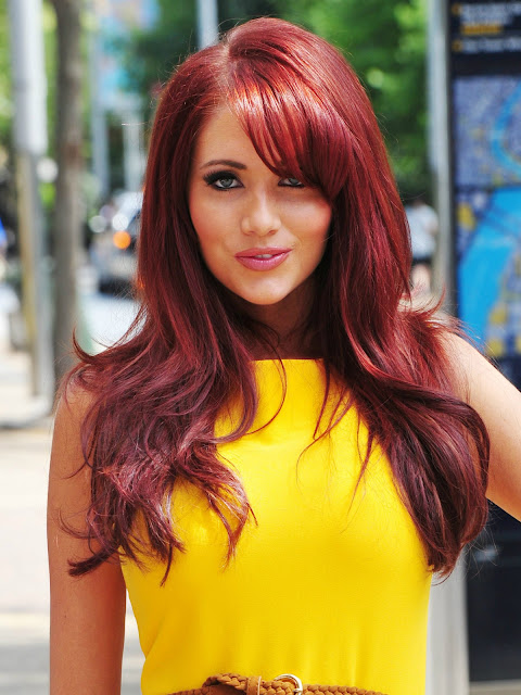 Beautiful Celebrity Amy Childs with Yellow T-shirt HD Wallpaper