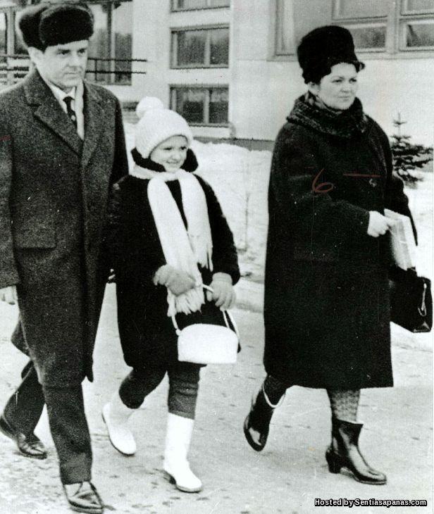 Vladimir Komarov Family