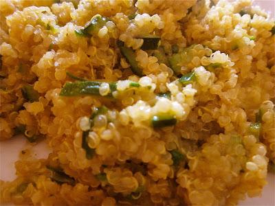 quinoa con zucchine e curry