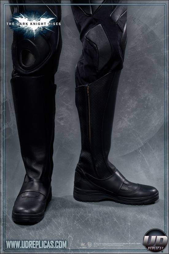 boot-suit-batman